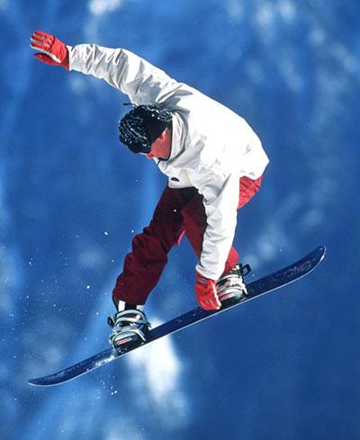 montagne_snowboard_saut.jpg